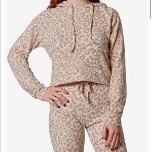 Ribbed Knit Leopard hoodie